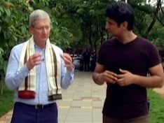 Apple's Tim Cook Takes a Whirlwind Tour of India