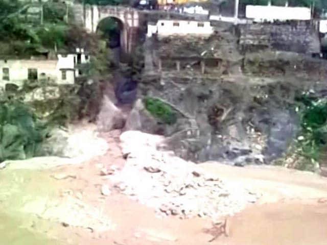 Videos : रुद्रप्रयाग में बादल फटने की वजह से बाढ़ जैसे हालात