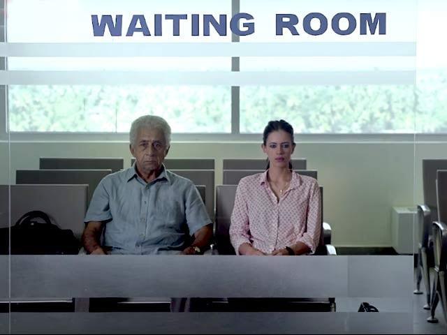 Videos : फिल्म रिव्यू : कल्की-नसीर के जज्बातों के मेल की कहानी है 'वेटिंग'