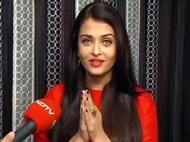 Video : दलबीर कौर द्वारा फिल्म सरबजीत की प्रशंसा करना सबसे अच्छा लगा : ऐश्वर्या राय