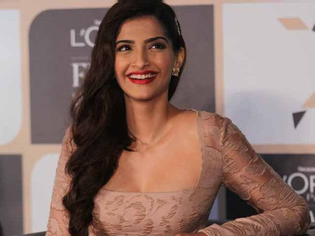 How Sonam Defended Her 'Friend' Tanmay Bhat