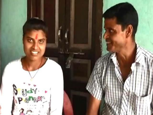 Videos : बिहार में टॉपर्स फिर से होगा टेस्ट, टॉपर ने कहा- राजनीति विज्ञान खाना पकाना सिखाता है