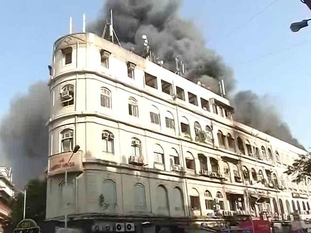 Video : Huge Fire In Building On Colaba Causeway In South Mumbai