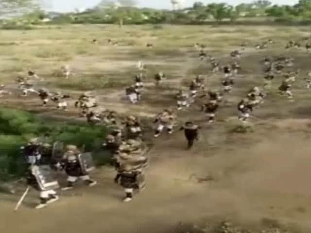 Video : मथुरा : अतिक्रमण की कार्रवाई के दौरान की तस्वीरें