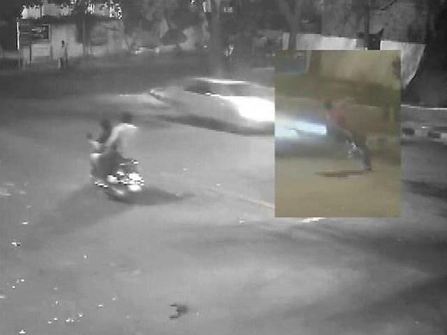 Video : दिल्ली मर्सिडीज हिट एंड रन केस : किशोर ड्राइवर पर चलेगा वयस्क की तरह मुकदमा