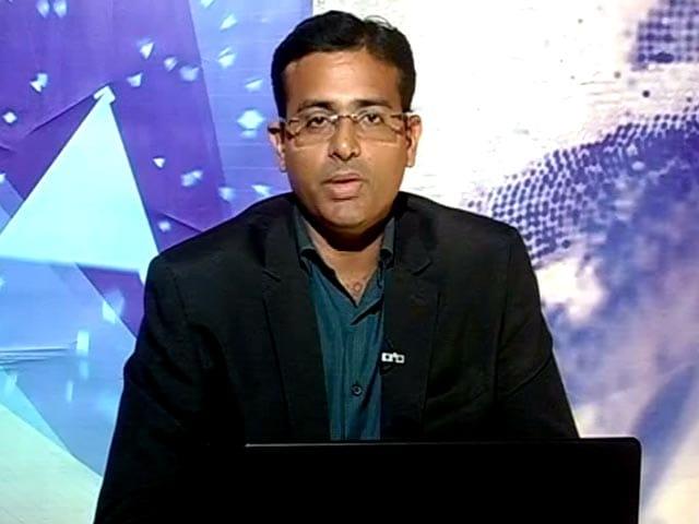 Video : Tata Motors Among Top Picks In Auto Space: Pradip Hotchandani