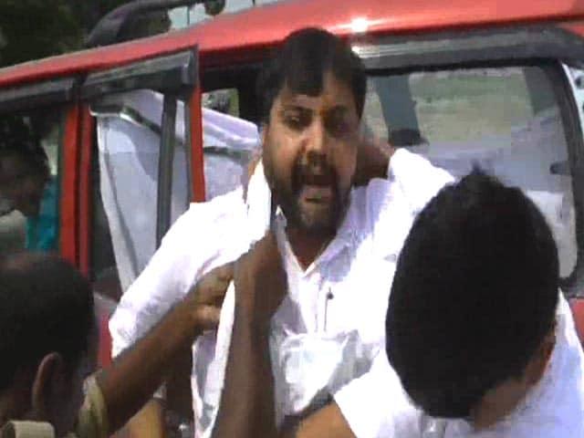 Video : Bihar Examination Scam: Alleged Mastermind Bachha Rai Arrested