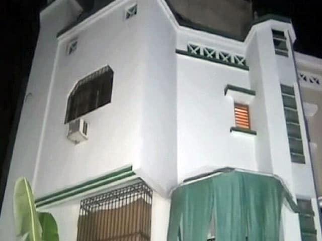 Videos : पूजा-पाठ के नाम पर शोषण, बंगले से छुड़ाए गए 28 बच्चे, दो गिरफ्तार