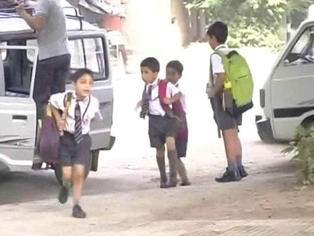 Video : Come Up With Policy On Heavy School Bags: Court To J&K Government