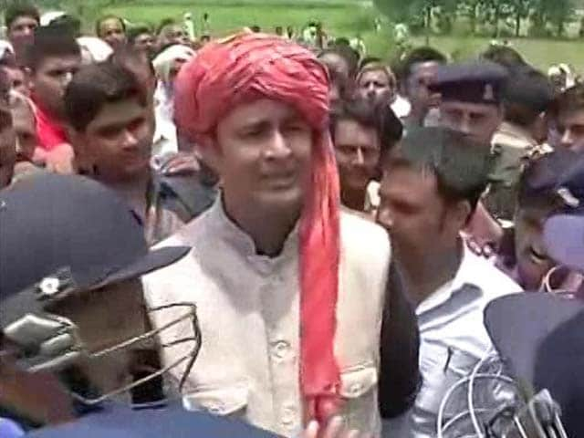Video : BJP's Sangeet Som Issues Ultimatum After 'Yatra' To Kairana Is Stopped