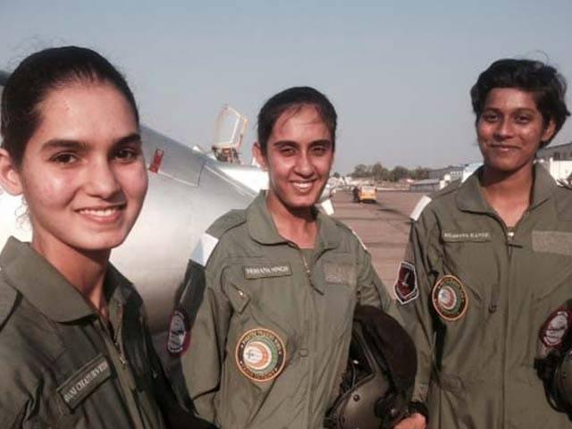 Videos : पूरा हुआ सपना : फाइटर पायलट बनीं 3 महिला ऑफिसर