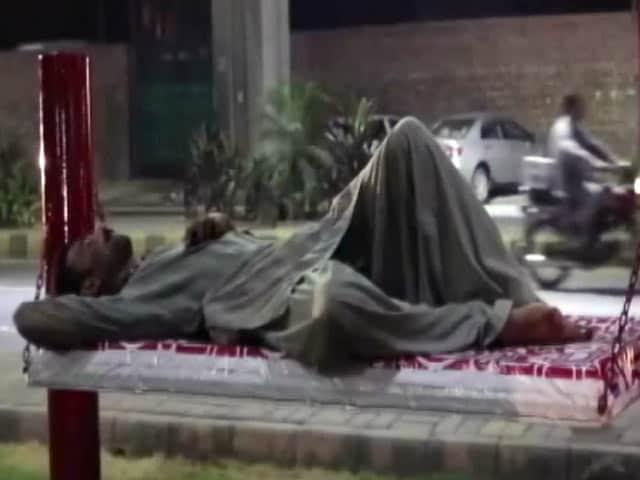 "Video : Pakistan Based Mattress Co Creates World's First ""BillBed"""
