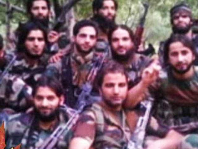 Video : Young, Educated, Radical: Why Are Kashmir's School Toppers Becoming Militants?