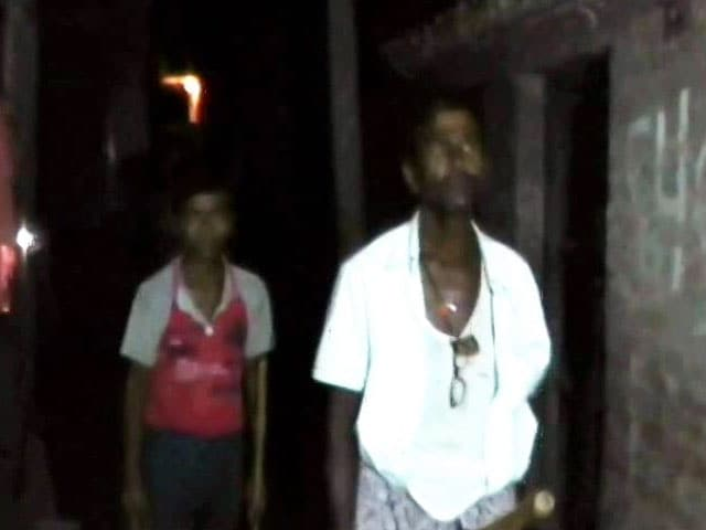 Video : This Hindu Family Stays Up At Night To Help Neighbours Observe Ramzan