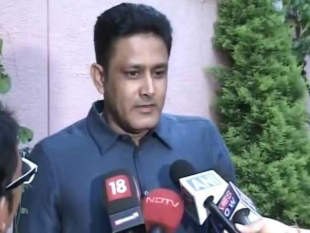Videos : टीम इंडिया के कोच बने अनिल कुंबले