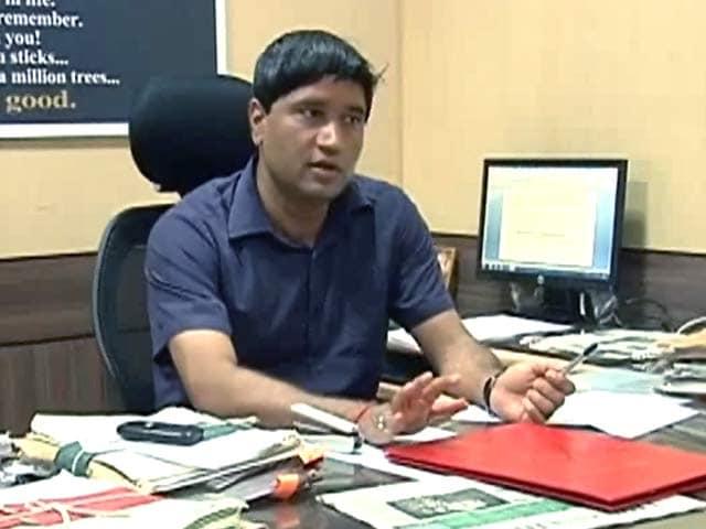 Videos : दिल्ली सरकार में नहीं जा पाएंगे संजीव चतुर्वेदी, PM की कमेटी ने ठुकराया प्रस्ताव