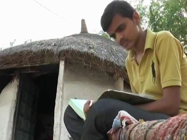 Video : From A Village in Rajasthan, Student Qualifies For AIIMS