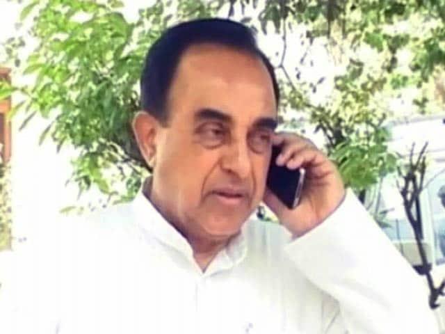Videos : बीजेपी में उठी सुब्रह्मण्यन स्वामी पर लगाम लगाने की मांग