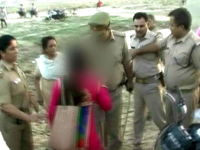 Video : इलाहाबाद : 7 साल की बच्ची की रेप के बाद हत्या