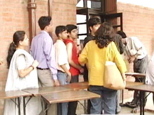 Video : Mission Admission To Delhi University Begins