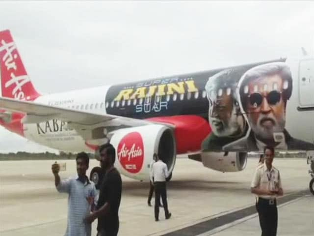 Video : The <i>Kabali</i>-Special Plane is Massive. Watch Here