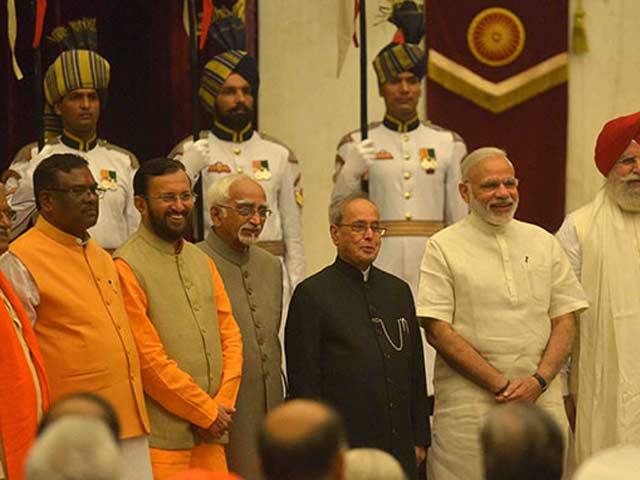 Video : Major Changes To PM Modi's Cabinet, Smriti Irani Loses Education