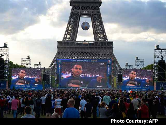 Video : France Gets Ready For The Big Euro Semis