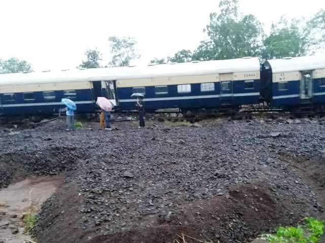 Video : Train Derailed, Cars Washed Away As Flash Floods Strike Maharashtra