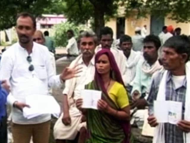 Video : जानिए मध्य प्रदेश के 50 दलित परिवार क्यों मांग रहे हैं इच्छा मृत्यु...