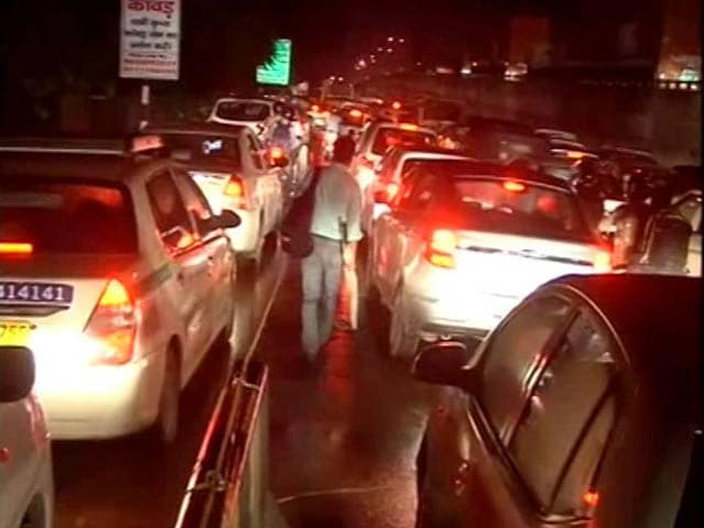 Video : After Massive Rain, Six-Hour Long Traffic Jams In Gurgaon