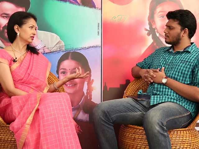Video : Gautami Explains How <i>Namadhu</i> is Different From <i>Papanasam</i>