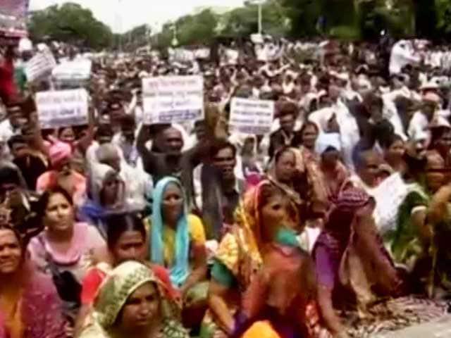 Video : Gujarat Dalits Unite In Mega Rally Sending Stern Message To BJP Government