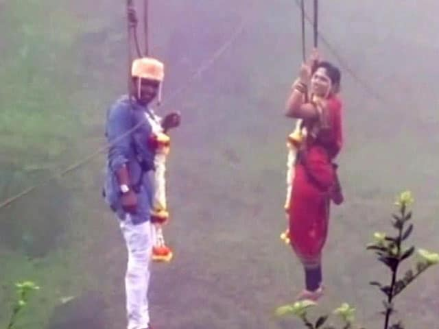 Video : For This Wedding 600 Feet Up, Priest Was Hanging Mid-Air