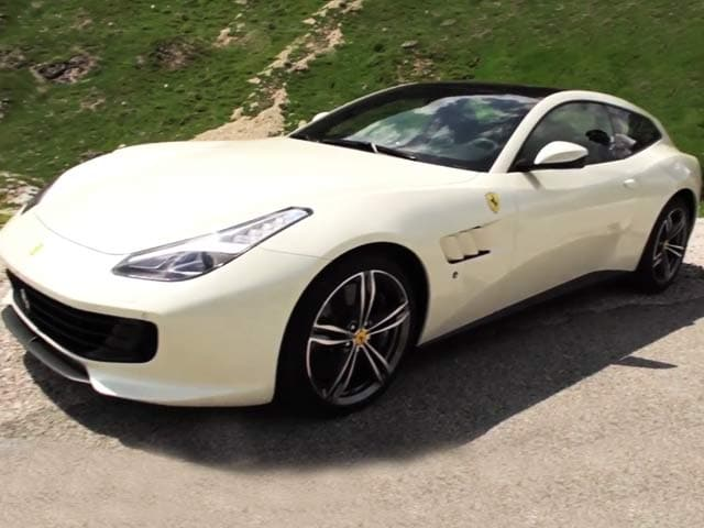 Video : Review: Ferrari GTC4 Lusso