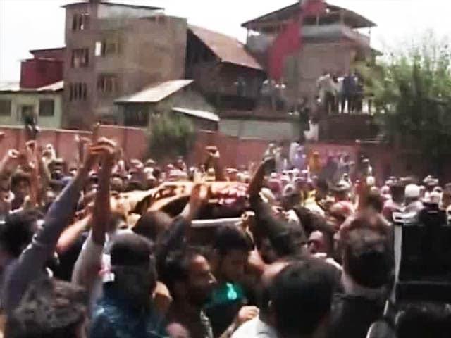 Video : On A Quiet Night In Kashmir, Man Shot Full Of Pellets. Murder Case Filed.
