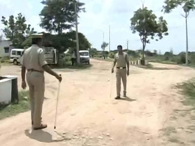 Video : Major Encounter Near Hyderabad, Gangster Killed
