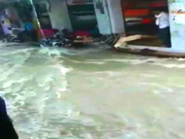 Video : भारी बारिश से राजस्थान के कई इलाकों में बाढ़ जैसे हालात