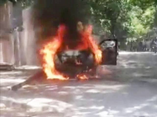 Video : Chennai Driver Allegedly Set Wife On Fire Inside Car After Argument