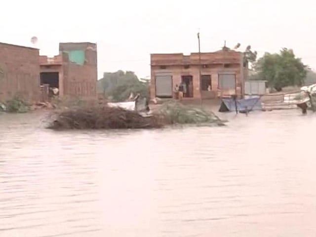 Video : Army Rescues Hundreds After Flash Floods Inundate Rajasthan Villages