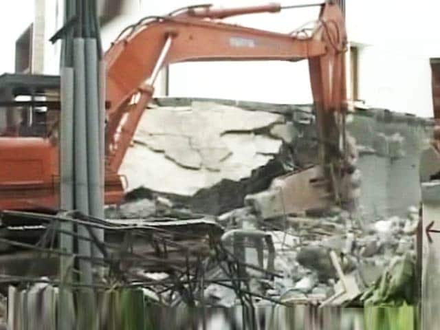 Video : BBMP Swings Into Action Against Encroachments