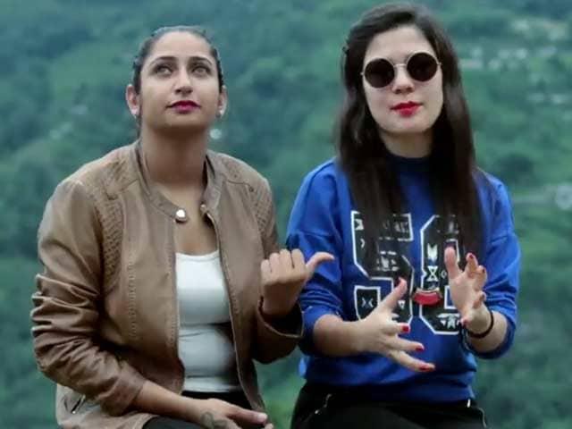 Video : India Adventures Contestants Shreya Singh & Simran Fagna