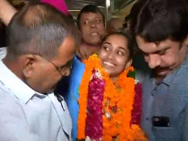 Video : Dipa Karmakar Arrives in Delhi After Rio 2016 Success