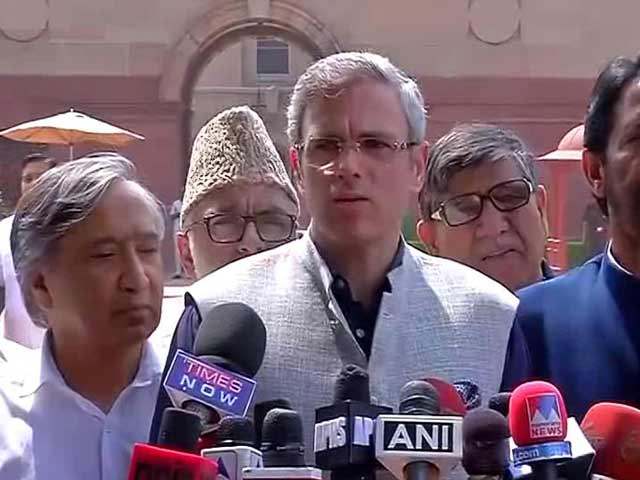 Video : Kashmir Opposition Meets President, Says Army Said What Government Didn't