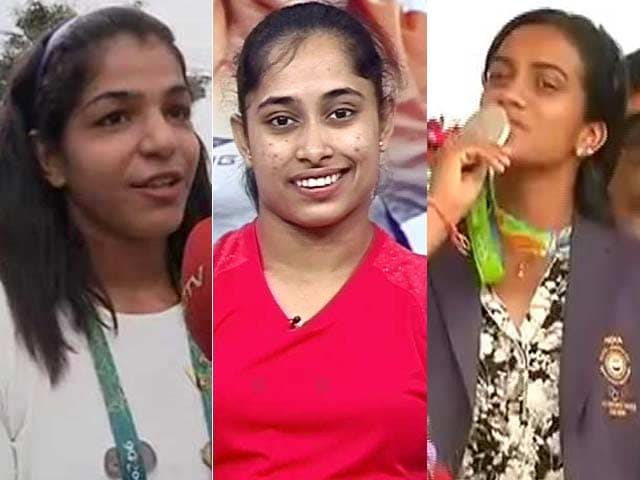 Videos : इंडिया 7 बजे : पीवी सिंधु, साक्षी मलिक, दीपा कर्मकार और जीतू राय को खेल रत्न