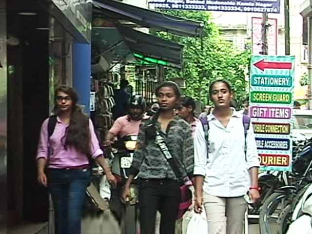 Video : Top 5 PG Accommodation Areas In Delhi For Students