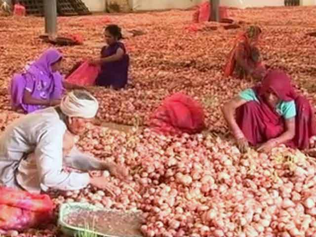 Videos : मध्यप्रदेश में राशन की दुकानों के जरिए 1 रुपये किलो प्याज बेचेगी राज्य सरकार