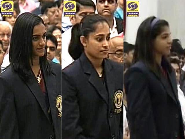 Video : PV Sindhu, Dipa Karmakar, Sakshi Malik Get Khel Ratna Award