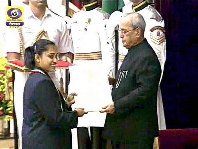 Videos : सिंधु, दीपा, साक्षी और जीतू राय को राजीव गांधी खेल रत्न पुरस्कार