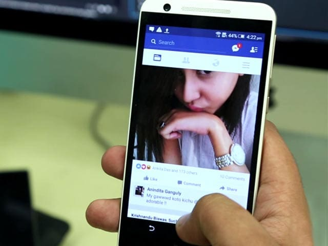 Video : How to Stop WhatsApp From Sharing Your Details With Facebook