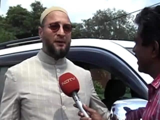 Video : जम्मू-कश्मीर सरकार तय करेगी कौन मिलने आएगा : ओवैसी